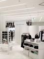 Новая концепция магазинов Calvin Klein Jeans: «белое на белом»