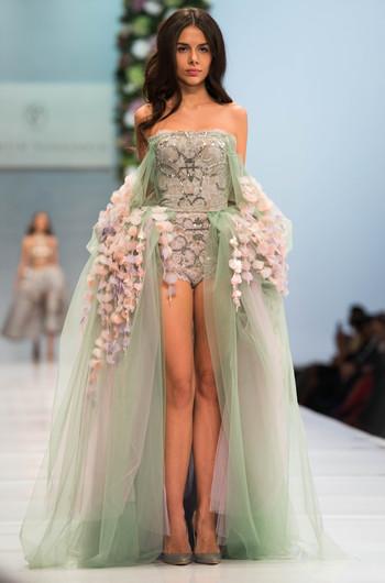 Летним платья от валентина юдашкина
