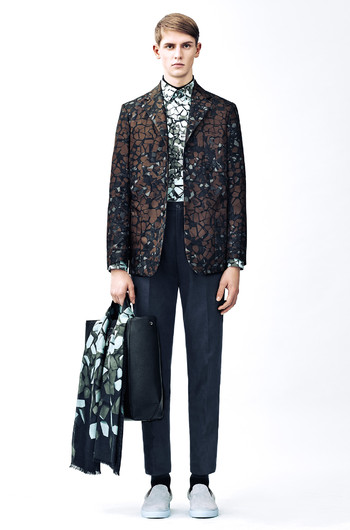 http://www.fashiontime.ru/upload/articles-v3/54b8c3f6a22b4w350h530cr.jpg