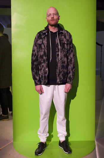http://www.fashiontime.ru/upload/articles-v3/54b8c417f0a23w350h530cr.jpg