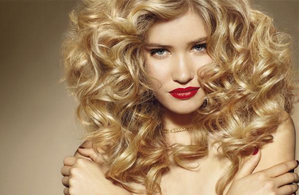 Как пользоваться щипцами для завивки волос? Как выбрать щипцы?