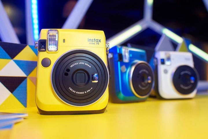 Must-have ����: ������ Instax mini 70