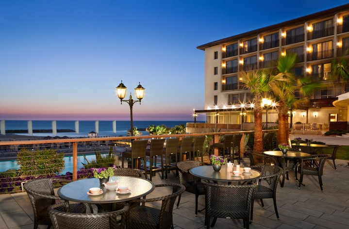 Отель Dan Accadia Herzliya Hotel