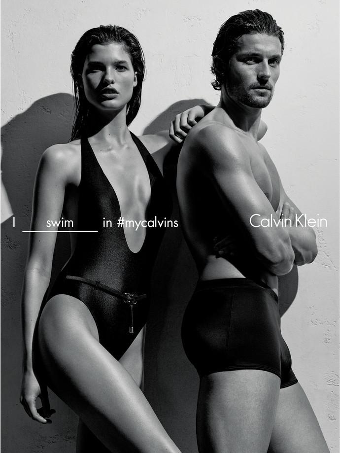 Calvin Klein выпустили новую коллекцию купальников