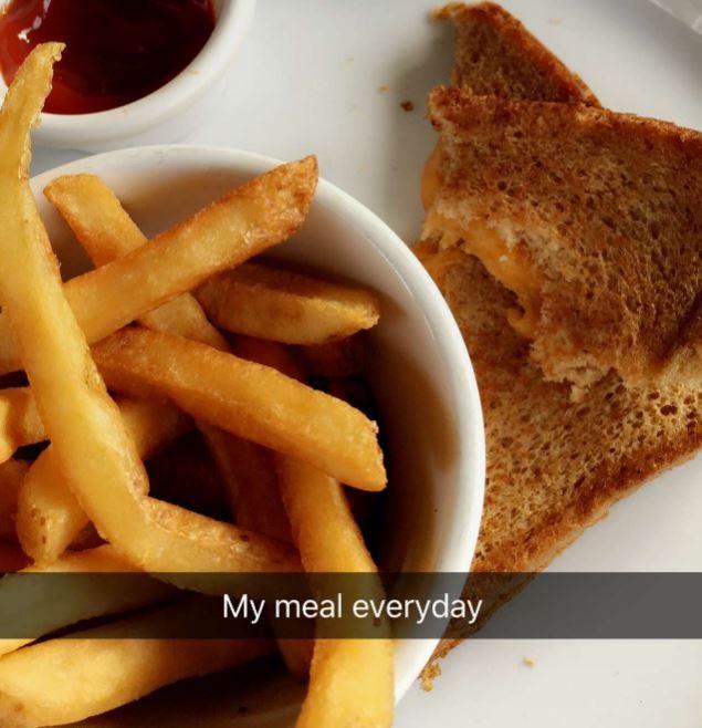 Белла Хадид ест фаст-фуд каждый день и не поправляется