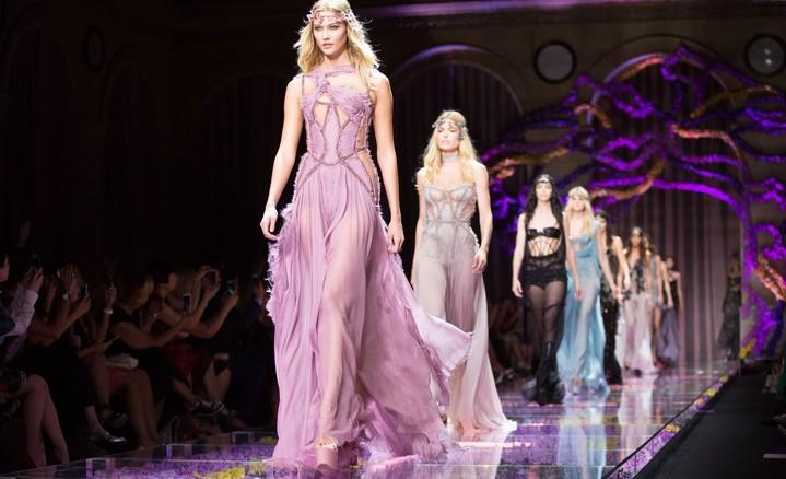 Престижный дом Versace непримет участие вНеделе моды встолице франции
