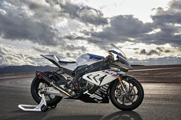Мотоцикл недели: BMW HP4 RACE