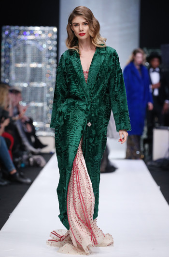 Mercedes-Benz Fashion Week Russia: коллекция Julia Dilua весна-лето 2018