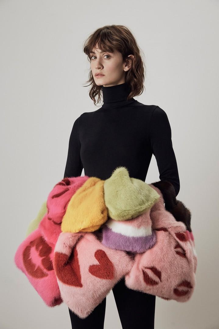 «Меховые сердца» и наши любимые сумки-пакеты в коллекции Simonetta Ravizza pre-fall 2018