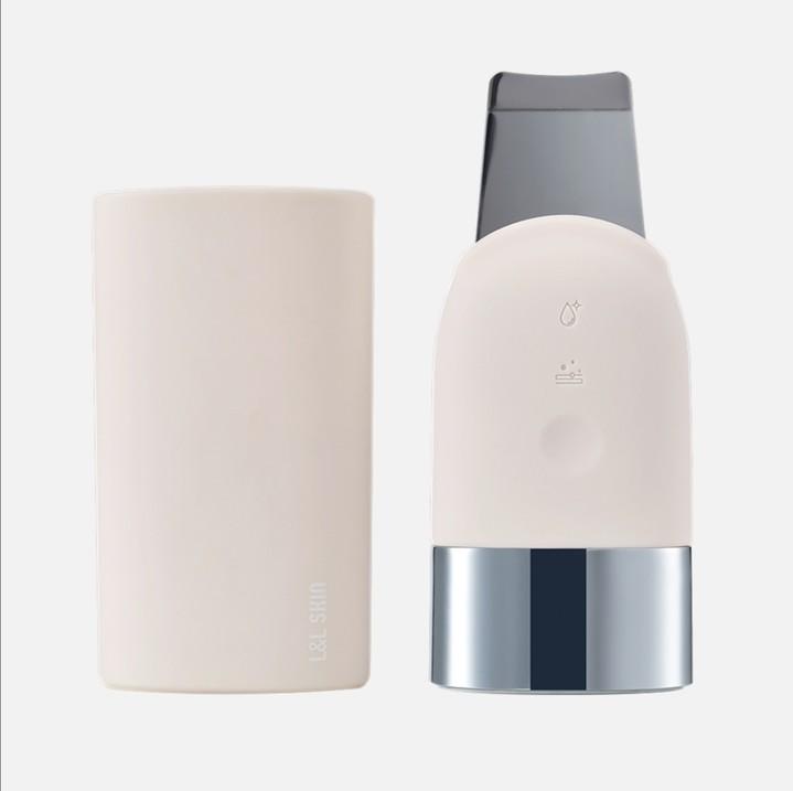 Пополняем домашнюю бьюти-технику: кому и зачем нужен ультразвуковой скрабер Umi L&L Skin