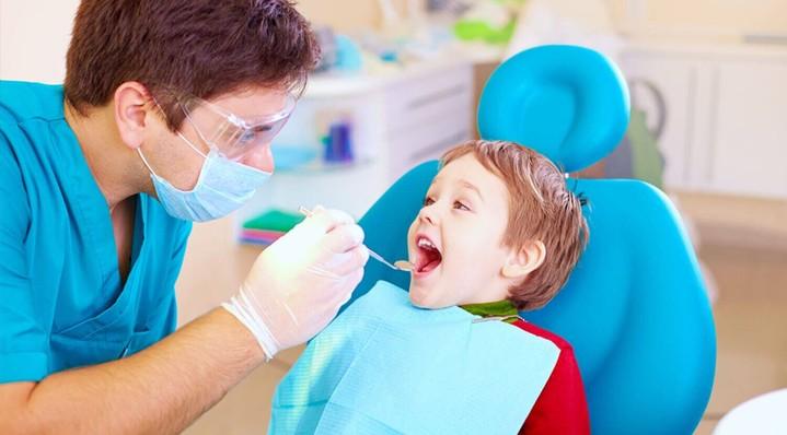 Береги смолоду: почему стоит начать следить за здоровьем зубов как можно раньше