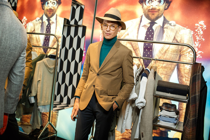 ������� ��������� Vipster Party �� InStyle Man � SuitSupply