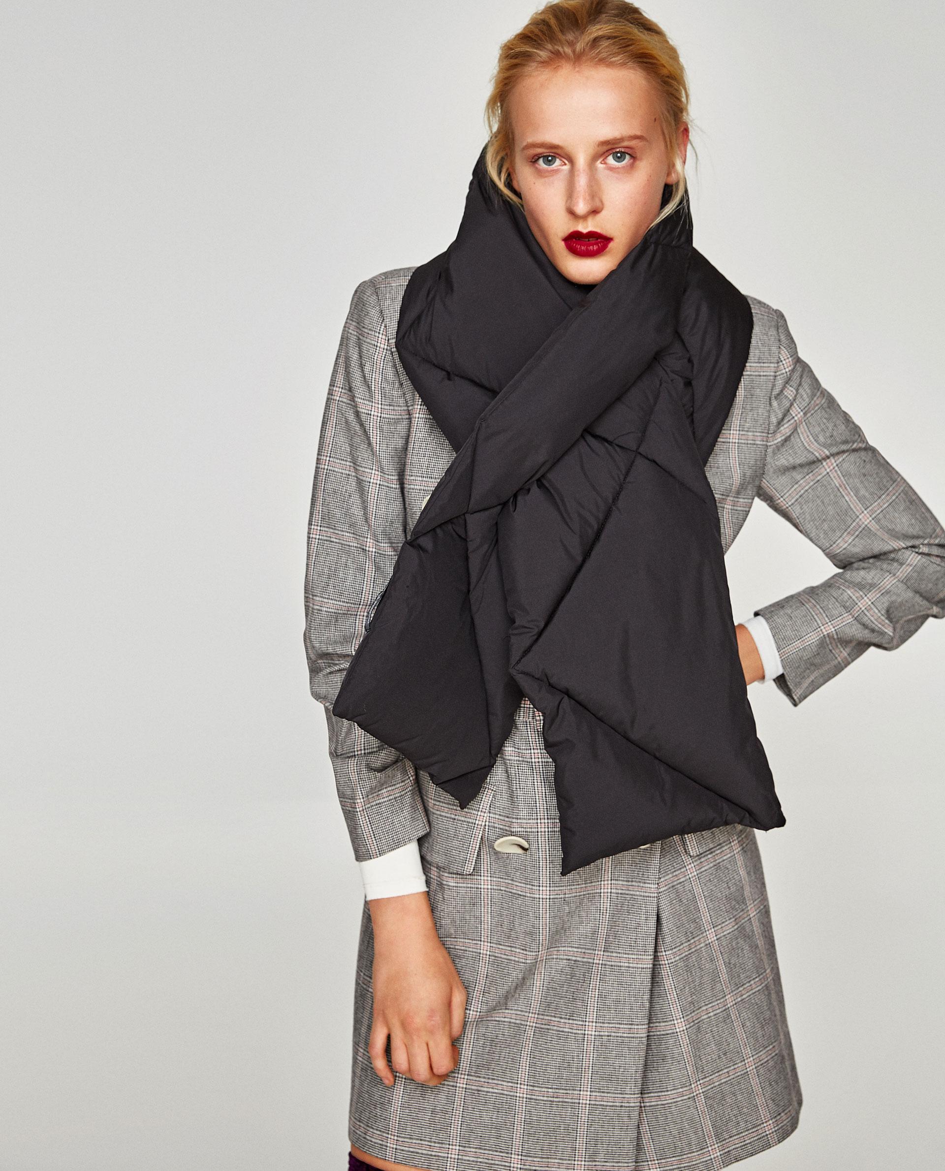 Фото: Где купить стеганый шарф: стильные модели до 2 тысяч рублей