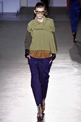 Модные вязаные свитера 2012 для вас искала Виктория Счастливая
