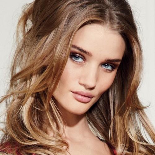Рози Хантингтон-Уайтли запустила beauty-сайт