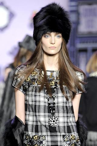 Вязаные шарфы мода 2013 вязание Вязание спицами и крючком вязаный шарф необходимый аксессуар мужского и женского...