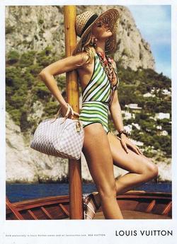Небольшая рекламная съемка от Louis Vuitton, очень летняя, экзотическая...