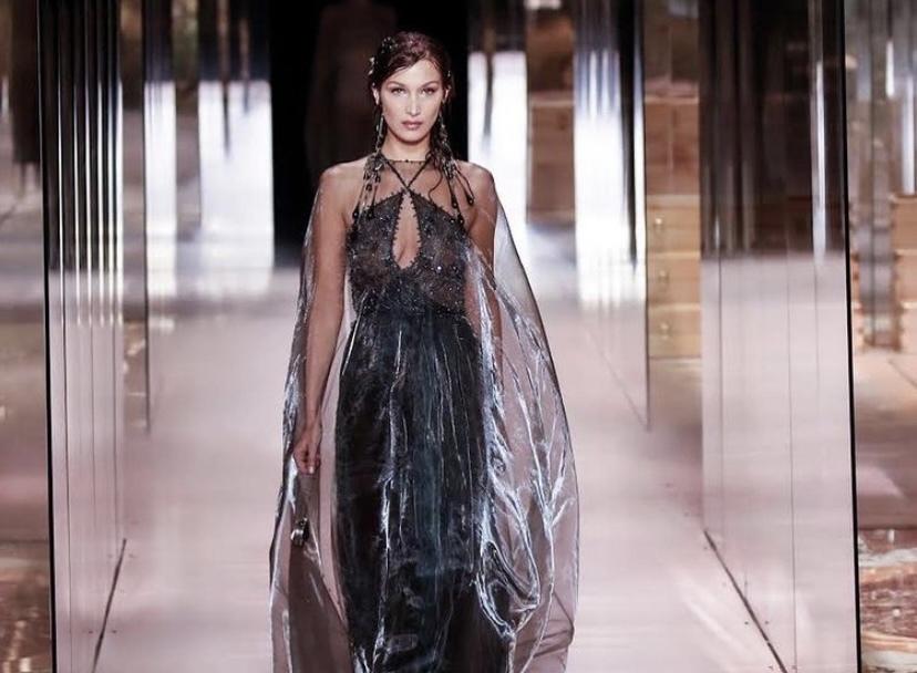 Фото: Fendi показали дебютную коллекцию Кима Джонса
