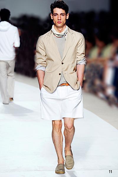 http://www.fashiontime.ru/upload/iblock/1c3/1c3b74c12af62416bb48f3ec104fe6a7.jpg
