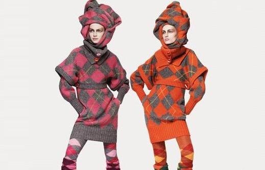 Когда разговор заходит о вязаных свитерах, волей-неволей вспоминаются...