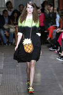 Moschino Chip And Chic