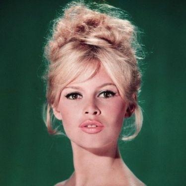Стрижки и прически 60-х годов