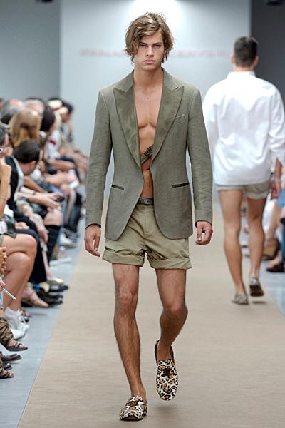 http://www.fashiontime.ru/upload/iblock/35d/35d3bd4d2f7cb6fbe03a8267cec61941.jpg