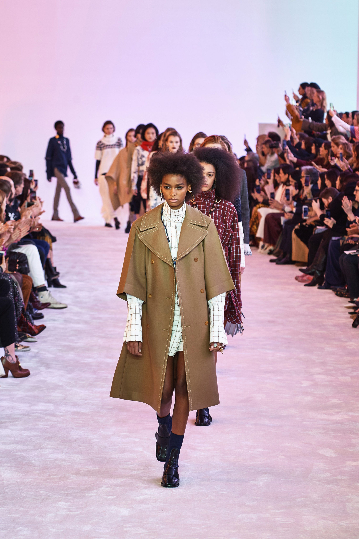 Фото: Неделя моды в Париже: Chloé осень-зима 2019