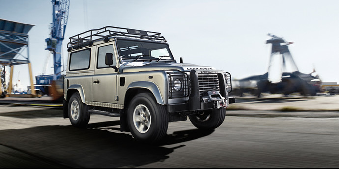 Land Rover Defender: ����-����� FashionTime.ru