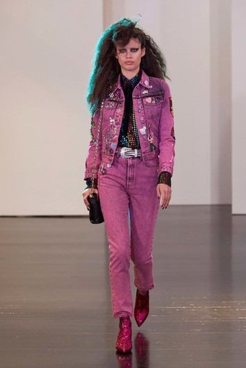 Буйство принтов на показе Marc Jacobs Resort 2017
