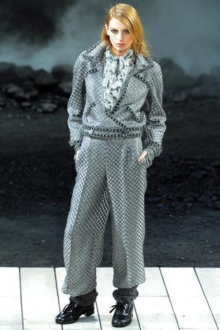 Неделя Моды в Париже: Chanel.