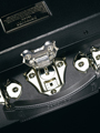 Знаменитый чемодан TRUNK от Samsonite Black Label.