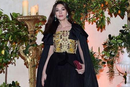 Фото: Королева: Моника Беллуччи показала роскошный образ для бала