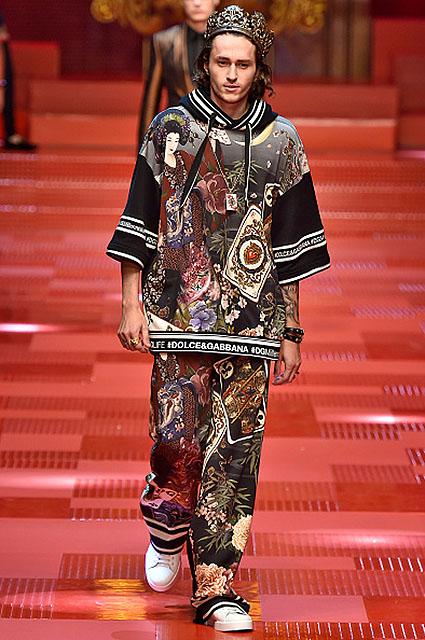 Брат Майли Сайрус дебютировал на показе Dolce&Gabbana