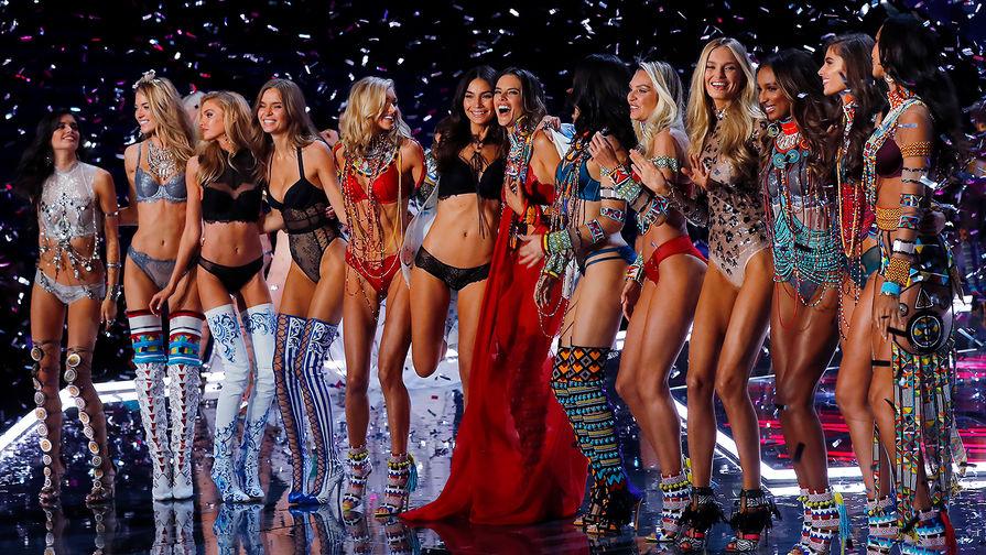 Фото: В Шанхае прошло Victoria's Secret Fashion Show