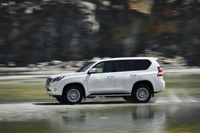 Toyota Land Cruiser Prado: тест-драйв FashionTime.ru