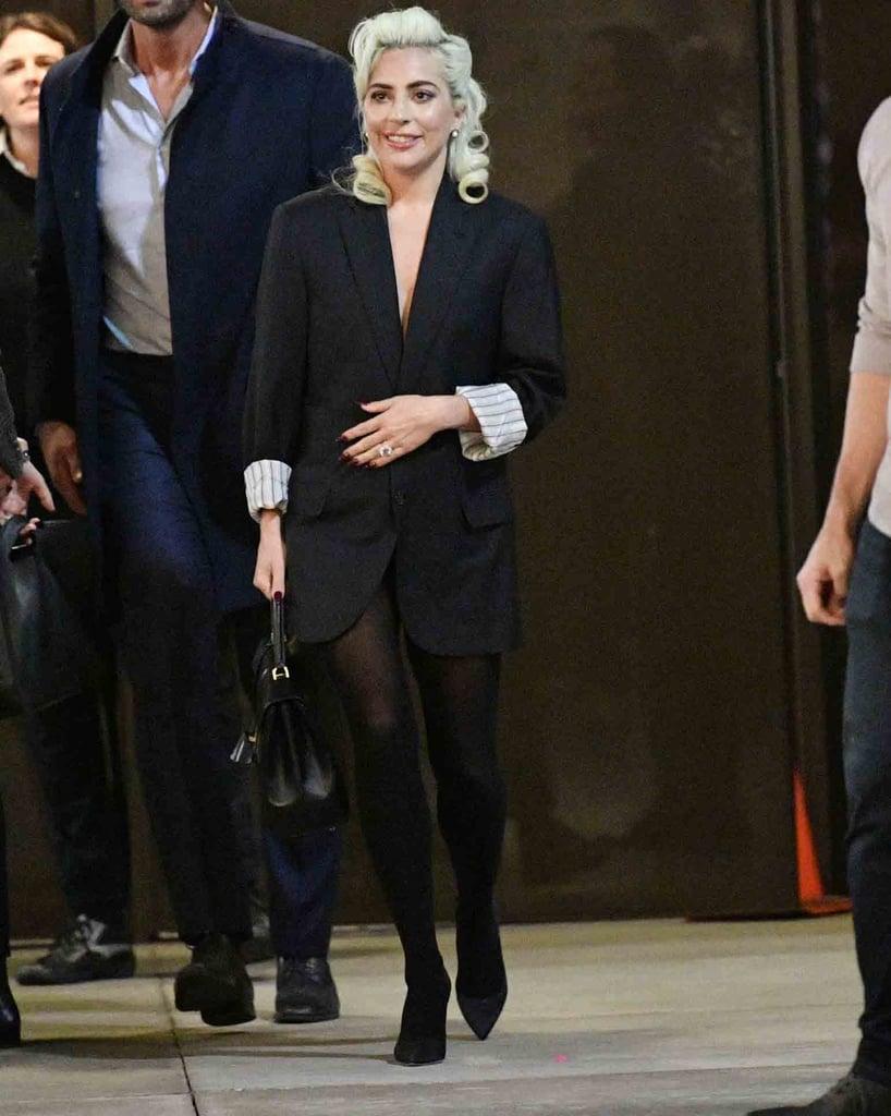 Фото: Леди Гага показывает, как носить пиджак вместо платья