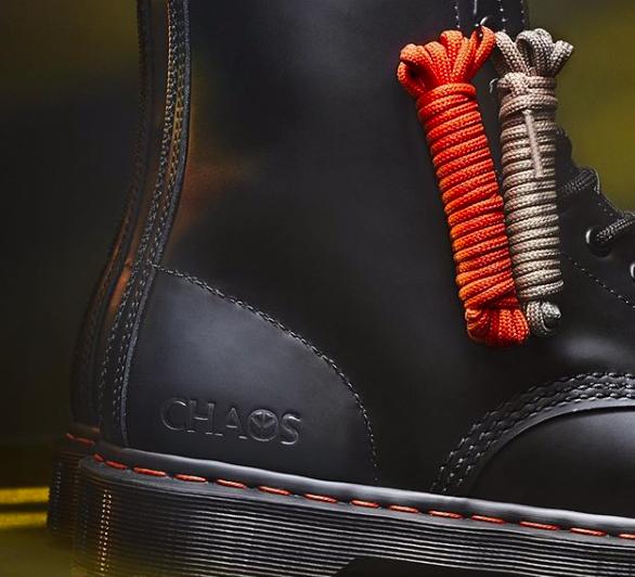 Фото: Бренд обуви Dr. Martens выпустили ботинки, которые можно носить без шнурков