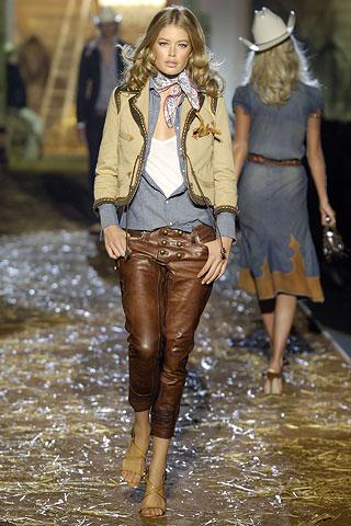 Одежда в стиле Гаучо стала модной в 70-е годы XX века.