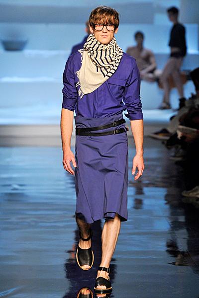 http://www.fashiontime.ru/upload/iblock/628/628c6e4a001cec67c474ef8a8be44e88.jpg