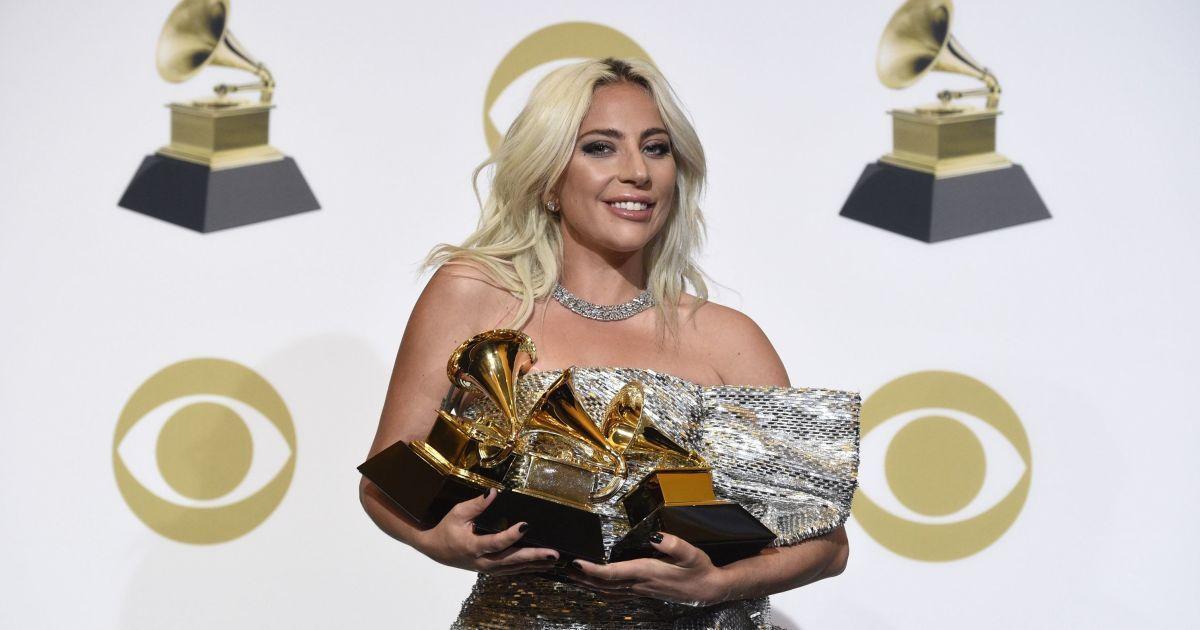Фото: Самые красивые наряды гостей премии Grammy 2019