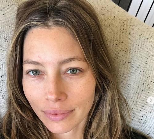 Селфи знаменитостей без макияжа: «натуральный» Instagram