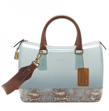 Однако цветовая палитра модных сумок лета 2012 должна быть...
