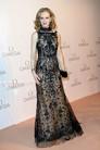Платья с единорогами и средневековые блузы: 17 сказочных луков Oscar de la Renta