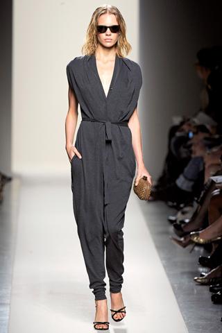 Модные комбинезоны весна-лето 2011 - модные тенденции.  Celine.