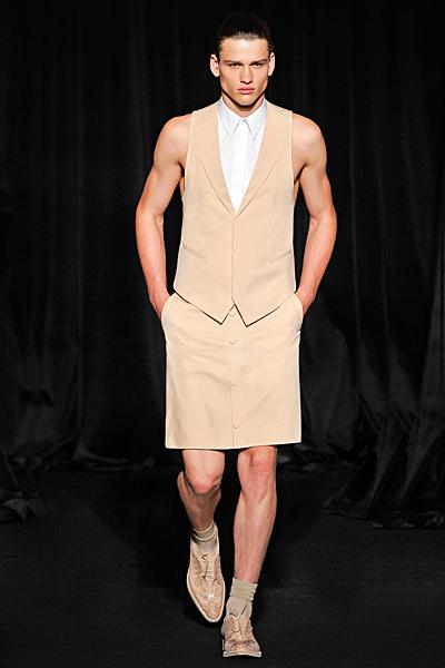 http://www.fashiontime.ru/upload/iblock/72f/72fd472fcfaf7b986d8726c112145f4d.jpg