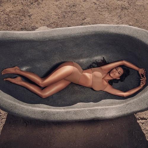 Ким Кардашьян выпустит линейку средств для тела