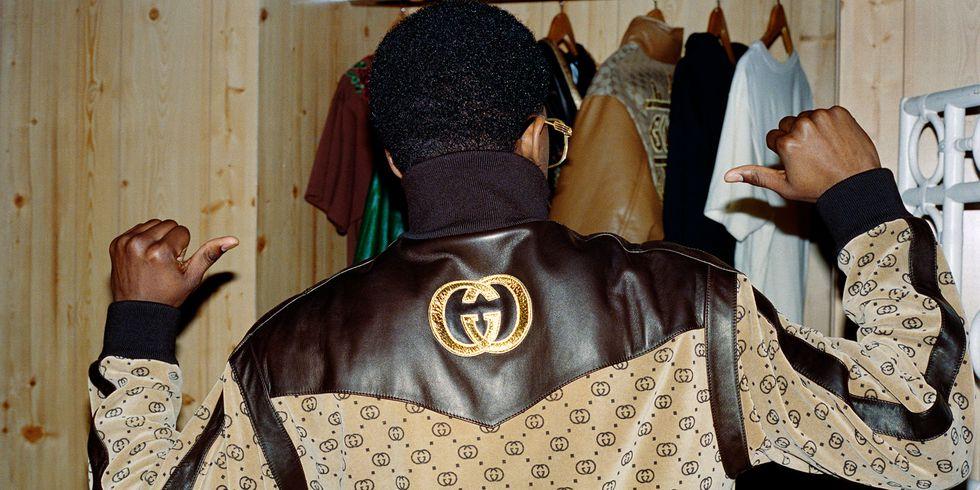 Фото: В продажу поступила коллекция Gucci и Дэппера Дэна