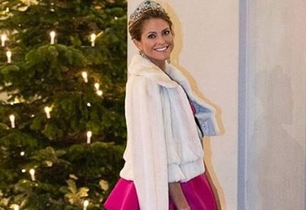 Фото: Пижамный выход: принцесса Швеции продемонстрировала роскошный образ