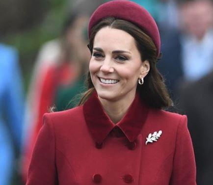 Фото: Любимый аксессуар королевских модниц актуален для девушек и предстоящей осенью